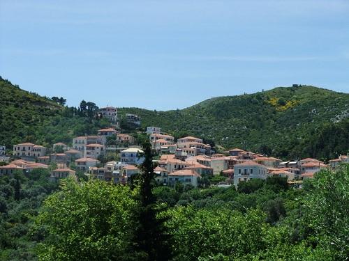 山の中にあるキミ・タウン