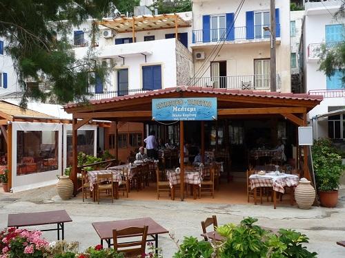イカリア_テルマで昼食 (1)