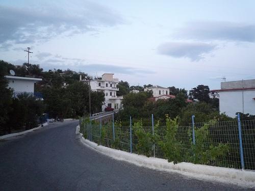 アギオス・キリコスの住宅地 (1)