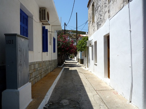 フルニの家並み (1)
