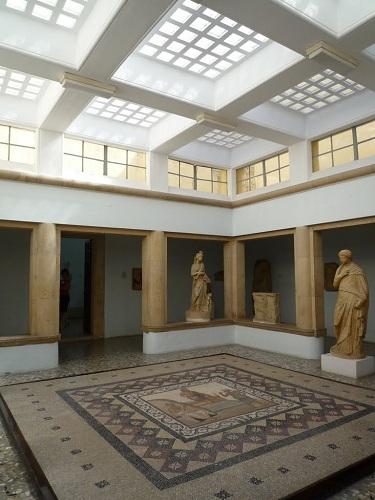 コス_考古学博物館 (2)