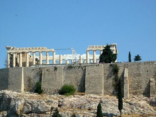 アテネ_博物館から見たアクロポリス (1)