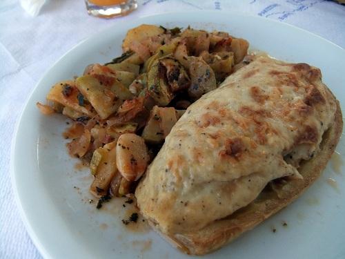 ニシロスでの美味しい昼食 (2)