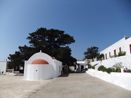 ハルキ_アイ・イァニス・アラルガ修道院 (3)