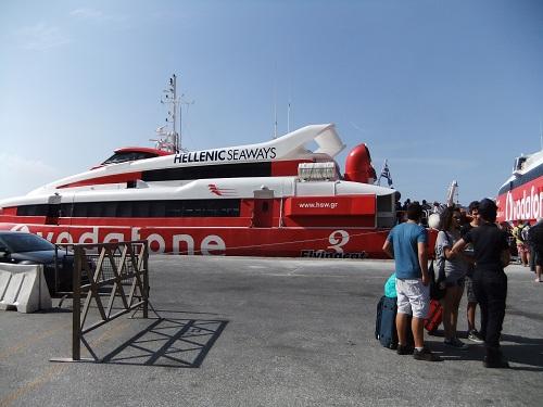 サントリーニからイオスへ