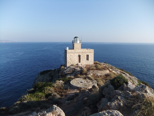 イオス_岬の灯台 (2)