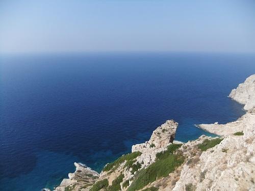 フォレガンドロス_ホラから見る海