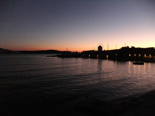 クフォニシ_ルトロ湾の夕方