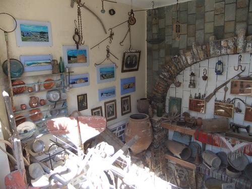 クフォニシ_博物館 (1)
