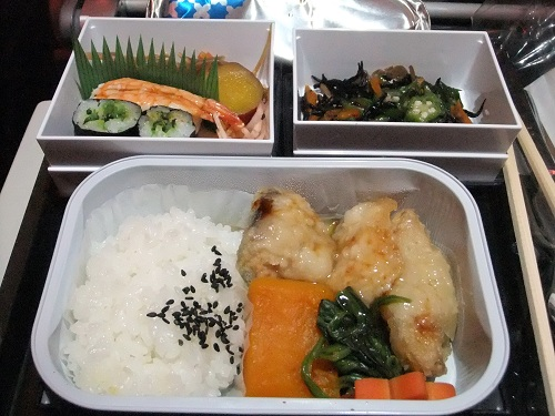 機内食は和食をチョイス
