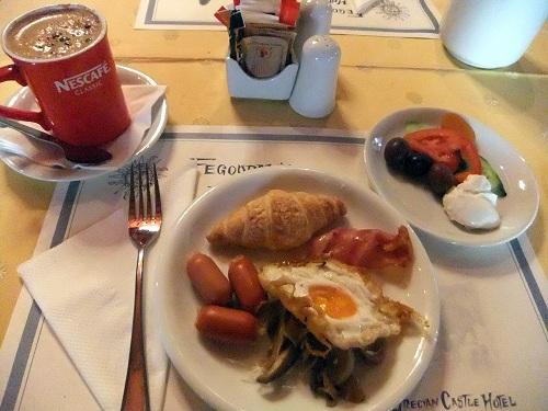 ヒオスの朝食