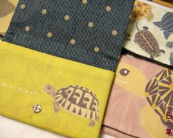 亀カードケース