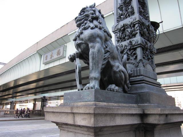 日本橋親柱の獅子