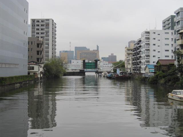 新島橋からの水門