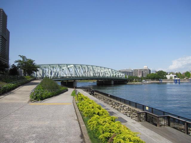 遊歩道からの相生橋