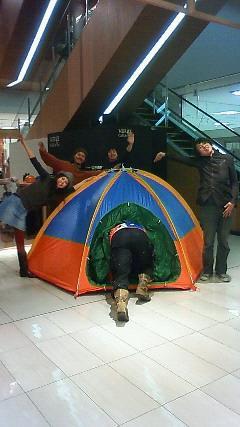 テント集合