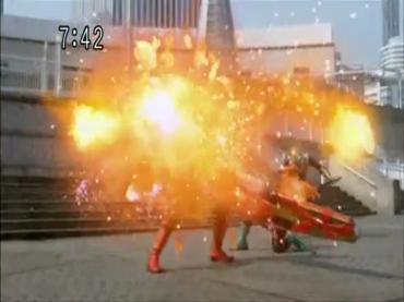 Samurai Sentai Shinkenger Act 42 2.avi_000189122