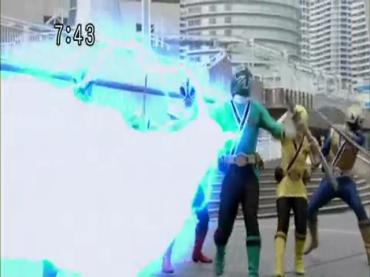 Samurai Sentai Shinkenger Act 42 2.avi_000244010
