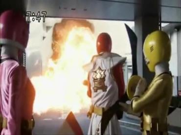 Samurai Sentai Shinkenger Act 42 2.avi_000424524