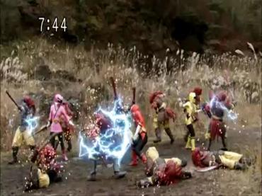 Samurai Sentai Shinkenger Act 43 2.avi_000239505