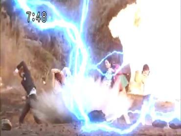 Samurai Sentai Shinkenger Act 43 2.avi_000473406