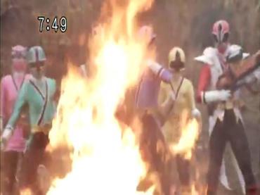 Samurai Sentai Shinkenger Act 43 3.avi_000016616