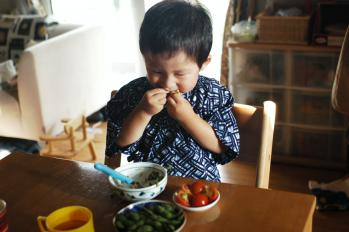 枝豆食べる