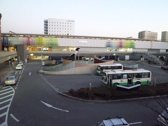 今の奈良駅はこんなんです