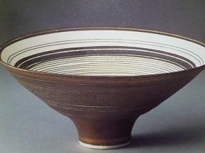 茶釉線文鉢