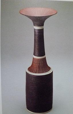 線文円筒花器