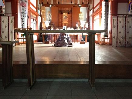 初詣亀山神社社殿S2