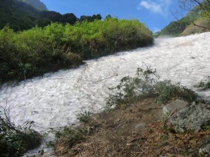 二つ目の雪渓