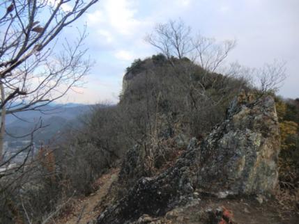 次は採石場のピーク