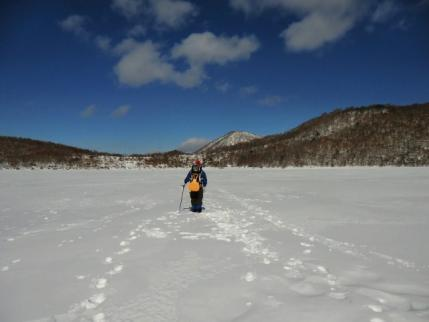 氷上を歩いて