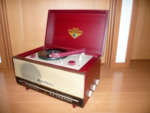 ビクターラジオエレクトローラ ワインレッド