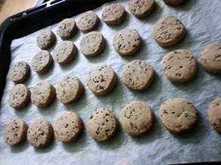 さくさく黒ゴマクッキー