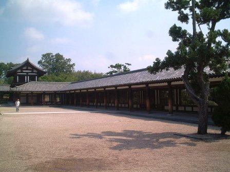 法隆寺東回廊