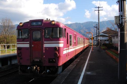 城端線 終点城端駅 キハ47