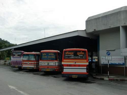 M バスターミナル