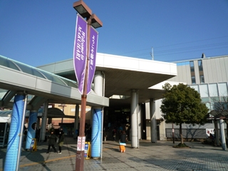 091228_05海浜幕張駅前