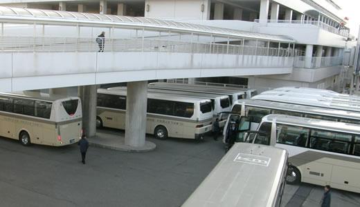 AZAMARA QUEST神戸港初入港-2