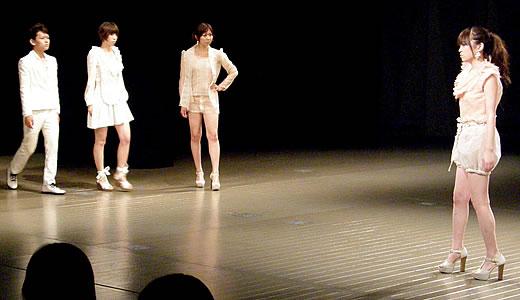 神戸ファッション専門学校作品発表会2011-2