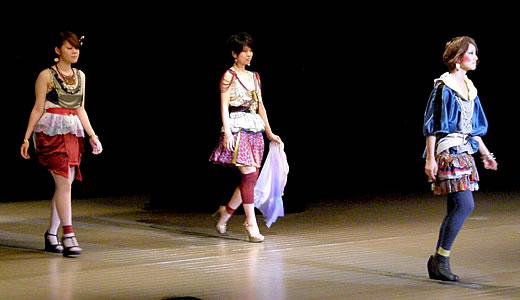 神戸ファッション専門学校作品発表会2011-3