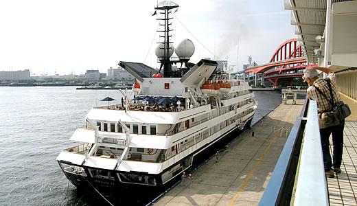 クルーズ客船 オリオンⅡ 神戸港初入港-3