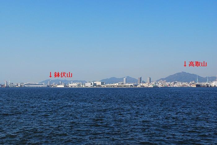 高取山と鉢伏山も見える