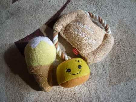 おもちゃ3つ