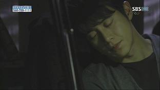 眠るふたり2