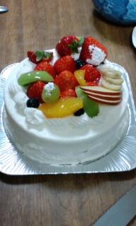 バースデーケーキ美味しかった(^ω^)