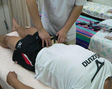 膝が曲がるようにするには下腹部が重要