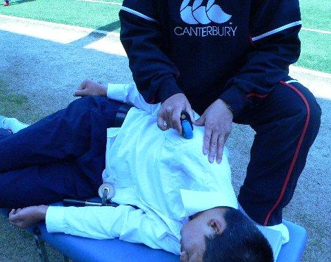 肩を治療する